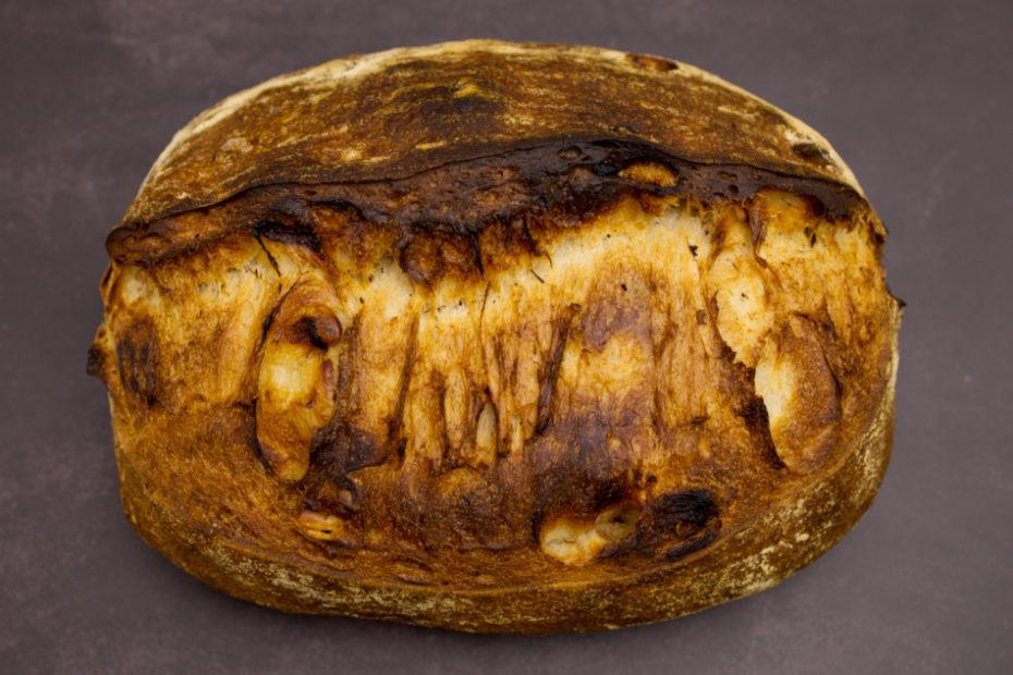 Erdnuss-Früchtebrot